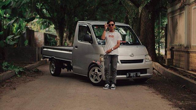 Regran Ed From Naufalxchaidar Keep On Truckin Thehoonigans Daihatsu Granmax Daihatsugranmax Toyota Liteace Toyotaliteace Minitruck Lowere