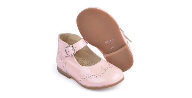 360/Vernice Rosa Ballerina in vernice rosa, suola in cuoio. #galluccishoes #kids #shoes #ballerine #vernice #babygirl #SS16