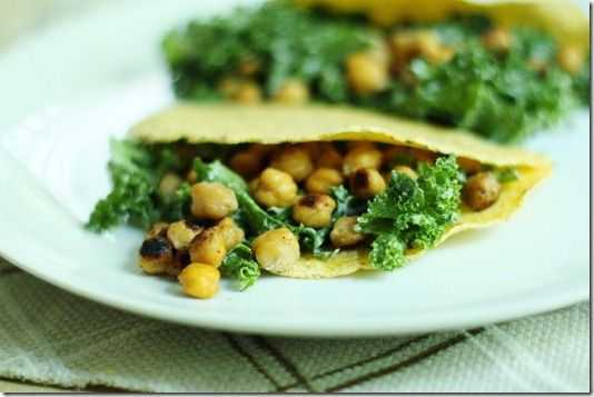 Roasted chickpeas and kale tortillas
