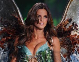 Южная Америка/ Бразилия/ Известная бразильская модель — Изабель Гулар