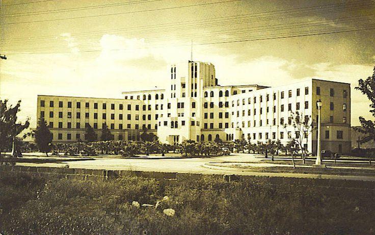 El 2 de junio de 1952 se entrega el Hospital Civil a la Universidad de Nuevo León, mismo que pasa a ser Hospital Universitario, tomando posesión como director del Hospital y de la Facultad de Medicina, el Dr. Serapio Muraira.