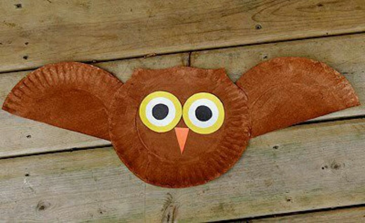 2 plates; white, yellow, black, orange paper; brown paint, paint brush, estimated time per owl : 10 minutes