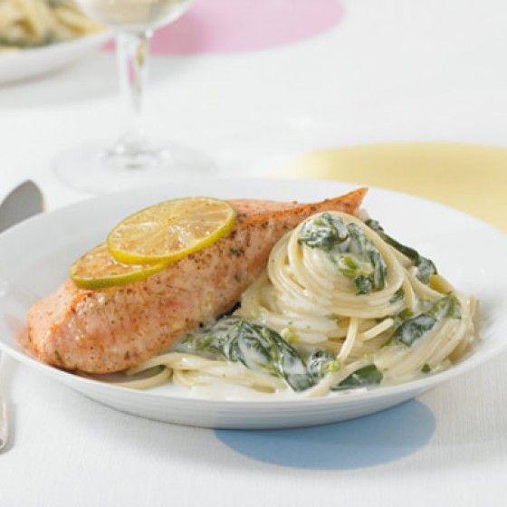Lachs mit Zitronengras/Spinat/Spaghetti