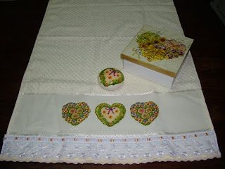 .keia artes: caixa com toalha e sabonete