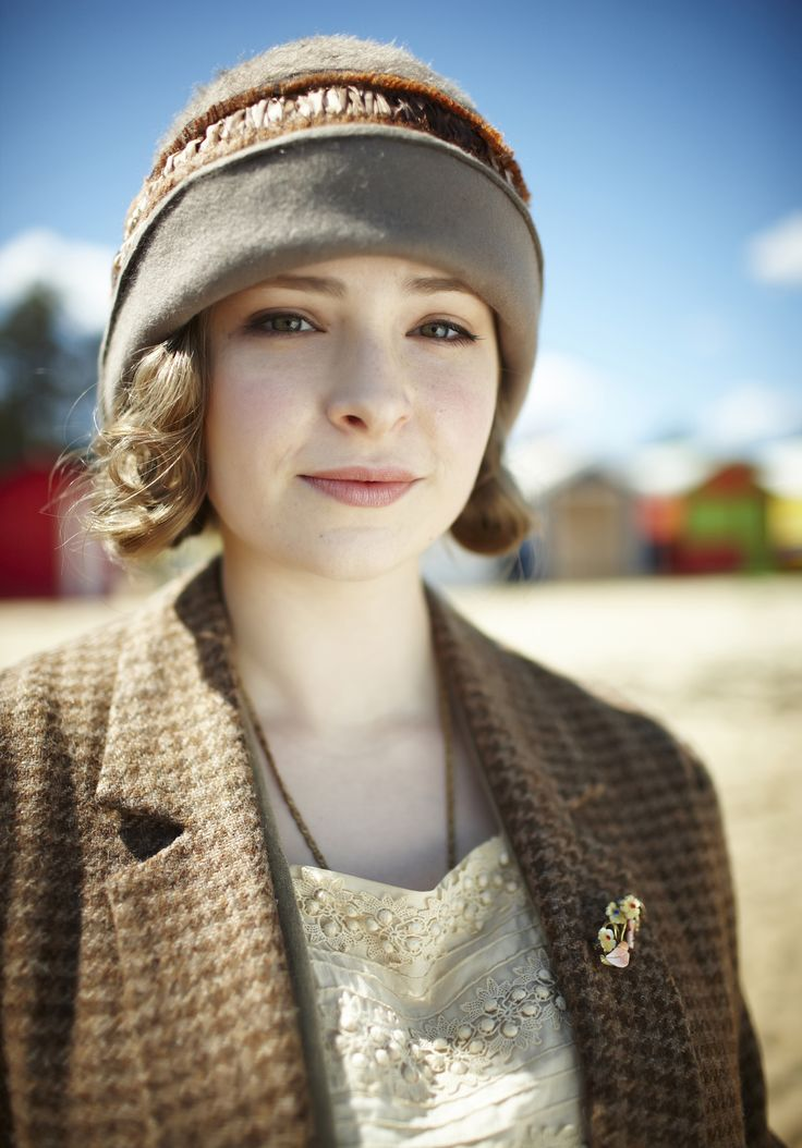 Dorothy 'Dot' Williams (Ashleigh Cummings) in 'Queen of the Flowers' (Series 1, Episode 9)