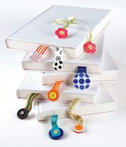 Button BookmarksBook Worms, Crafts Book, Buttons Crafts, Buttons Bookmarks, Book Markers, Button Crafts, Ribbons Bookmarks, Bookmarks Buttons, Christmas Gift