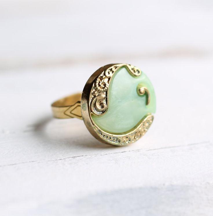 Nouveau Seafoam Ring ... Vintage Paisley Art Nouveau with Gold by SilkPurseSowsEar , via Etsy.