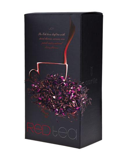 Aurile Joy Červený čaj - sypaný čaj se sušenými třešněmi, chokeberries, okvětními lístky růží a příchutí třešní. Vynikající červený čaj s přídavkem sušených plodů třešní a chokeberry, stejně jako jemnými okvětními lístky růží, jejichž bohatá vůně se dokonale snoubí s jemnými třešňovými notami. Obsahuje mimo jiné snadno vstřebatelný přírodní selen, vitamín E a cenné flavonoidy. Červený čaj. Objem: 75 g
