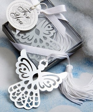 Angel Bookmark Favors - a beautiful favor suitable for weddings, christenings and any Christian event. From: http://weddingfavoursboutique.co.uk