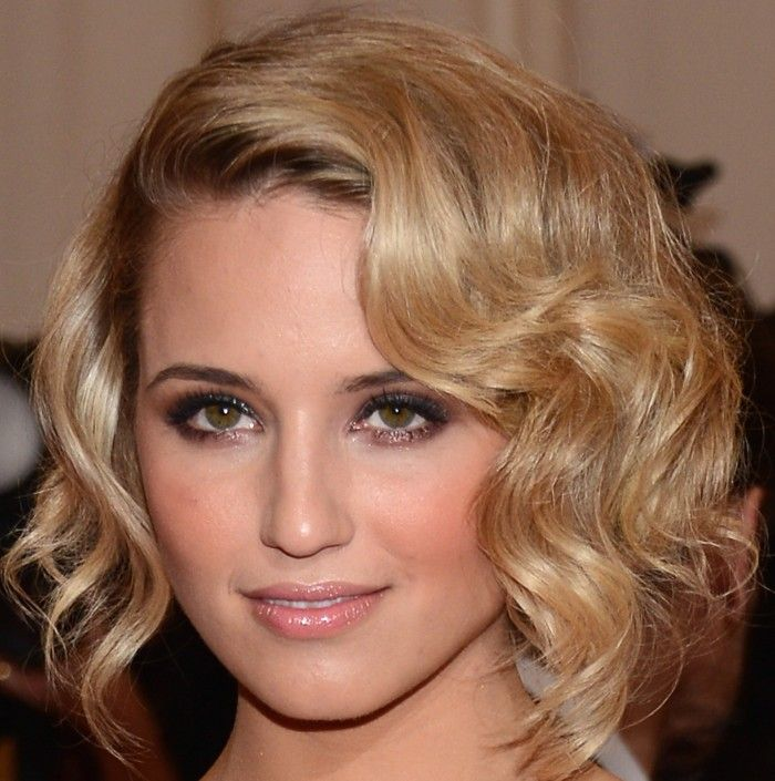 Diana Agron: Side Curls, Hair Colors, Curly Bobs Hairstyles, Dianna Agron, Beautiful, Diana Agron, Fingers Waves, Curly Bob Hairstyles, Diana Hair