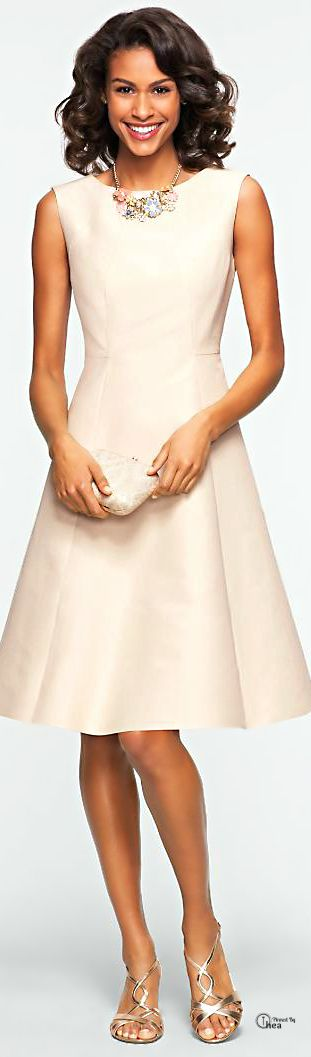 Great dress, but the color makes it a bit too bridal for everyday wear