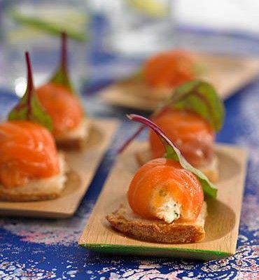 recetas-bombones-de-salmon-ahumado-y-queso-fresco