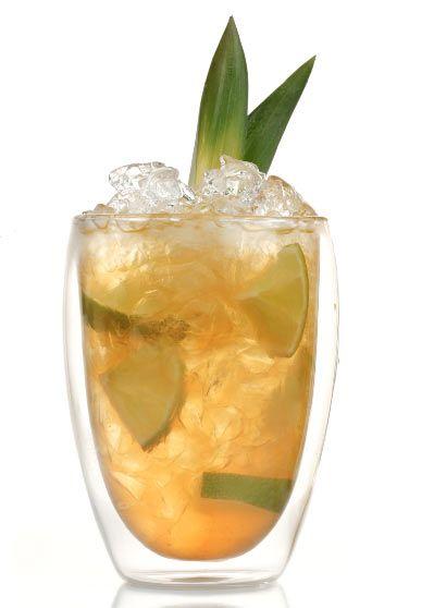 'Agave Tequilinha' -½ lima troceada -2 c.c. azúcar -2 c.c. sirope de agave azul -6 cl. de tequila 'Herradura Reposado' En un vaso ancho se introduce la lima troceada, junto con el azúcar y el sirope de agave. Se majan todos los ingredientes. Se disuelve bien el azúcar, junto con el zumo de la lima y se añade el tequila. Se llena el vaso con hielo pilé y se mezcla bien.