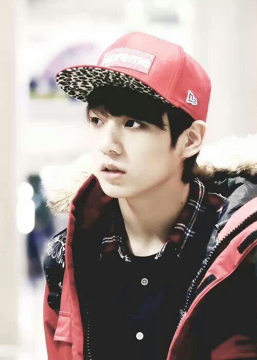 Extremely attractive Jungkook in the We Are Bulletproof Pt ... |Jungkook Bulletproof