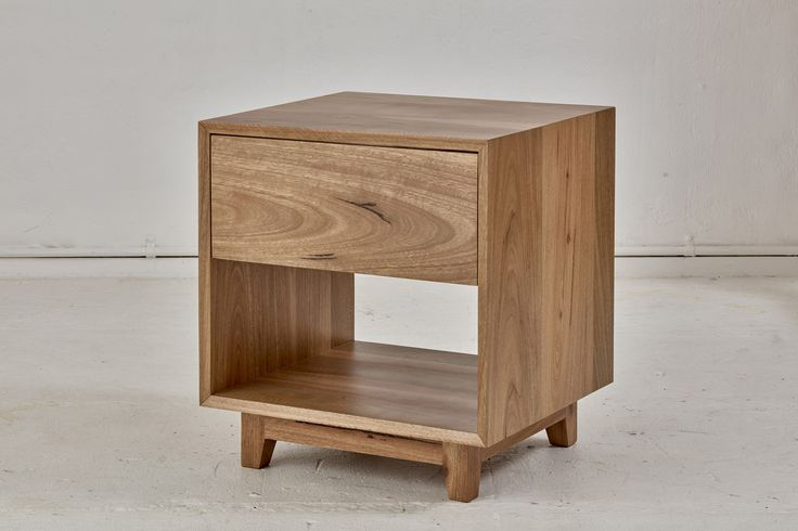 Bayview Bedside Table Loughlin Furniture