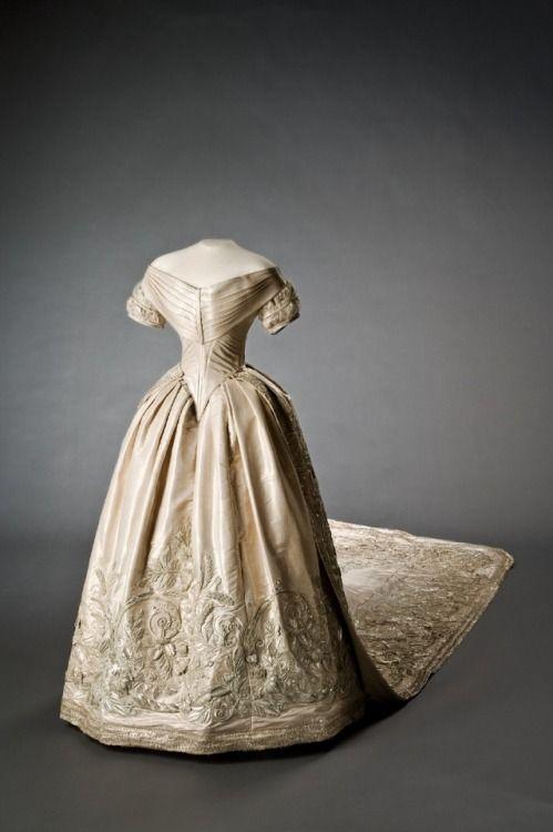 Wedding Dress of Louise of the Netherlands, Queen of Sweden & Norway  1850  Livrustkammaren