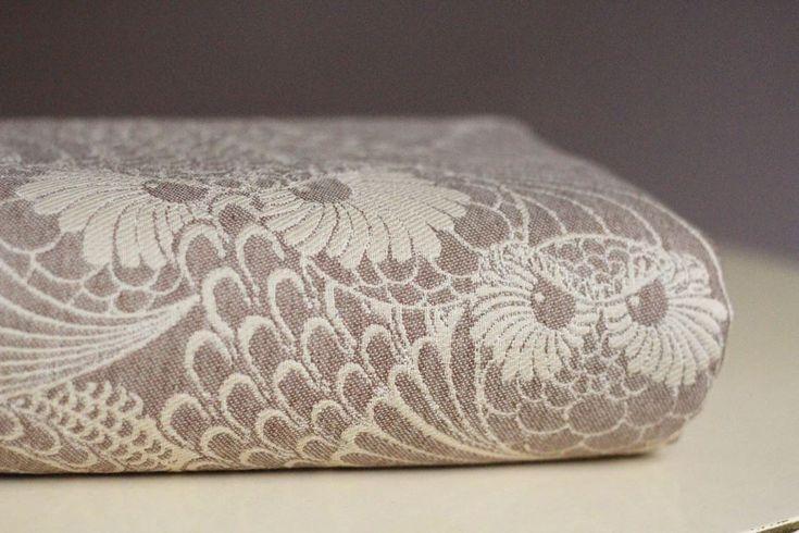 Linuschka Owls Café Crème Wrap (silk, merino, cashmere) Image