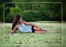 Outdoor Senior Picture Ideas  #
