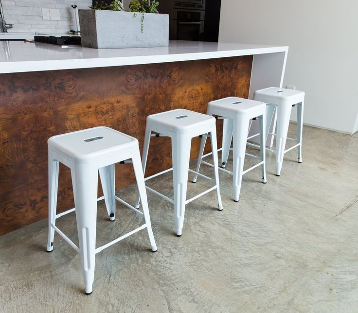 All in a row...our White Stools are available right here: https://www.urbanmod.net/products/24-steel-counter-height-stool-white-set-of-four … 😍 #midcenturymodern #modern #interiordesign