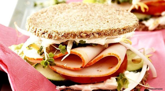Sandwich+con+Prosciutto+di+Tacchino+e+Cetrioli