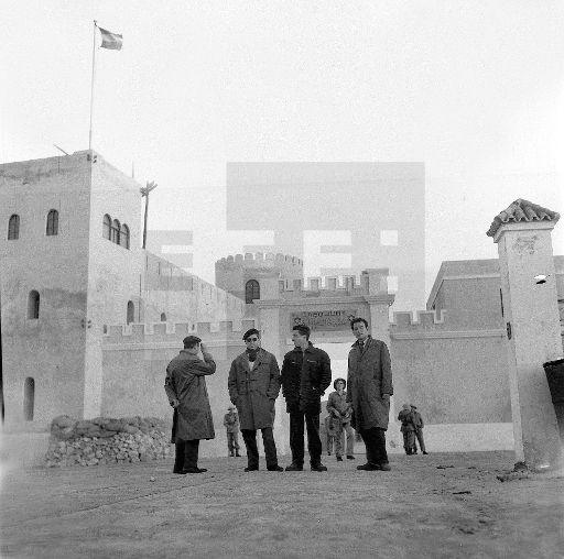 Guerra de Ifni.- Villa Bens (Cabo Juby).- Vista de la entrada principal al acuatelamiento de las tropas españolas en esta ciudad.- (Sin fecha, 1957-58) EFE/jt