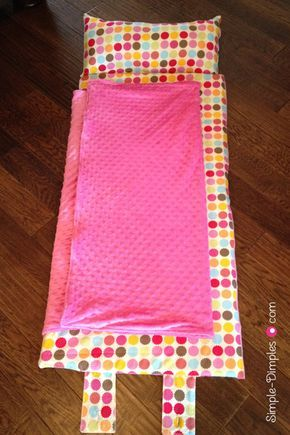 Nap Mat with Applique Name Tutorial. Made for my daughter since she starts preschool this year. Very comfy, washable too.