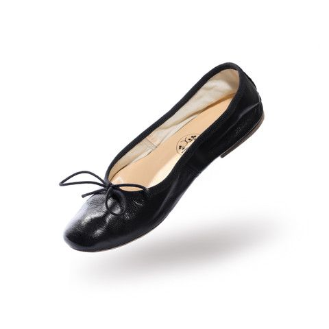 Porselli Ballerinas at @JArdin Florian — these are nigh well impossible to find in the States!