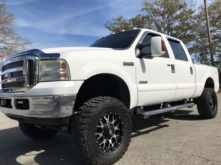lifted 2005 Ford F 250 Lifted Lariat pickup