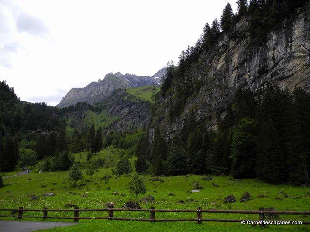 Randonnée en Suisse - Tour des Muverans - Carnet d'escapades - Pont de Nant www.villars.ch  #villars #villarsgryon #tourdumuveran #pontdenant