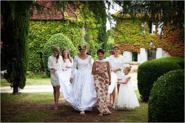 Bride entourage | Image by Lydia Taylor-Jones, read more http://www.frenchweddingstyle.com/80s-inspired-wedding-france/