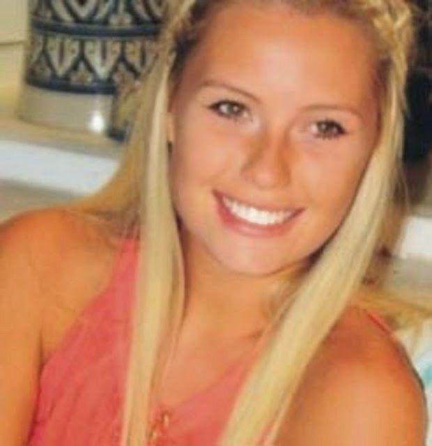 Chloe Loughnan Ortaç Kimdir? Biyografisi