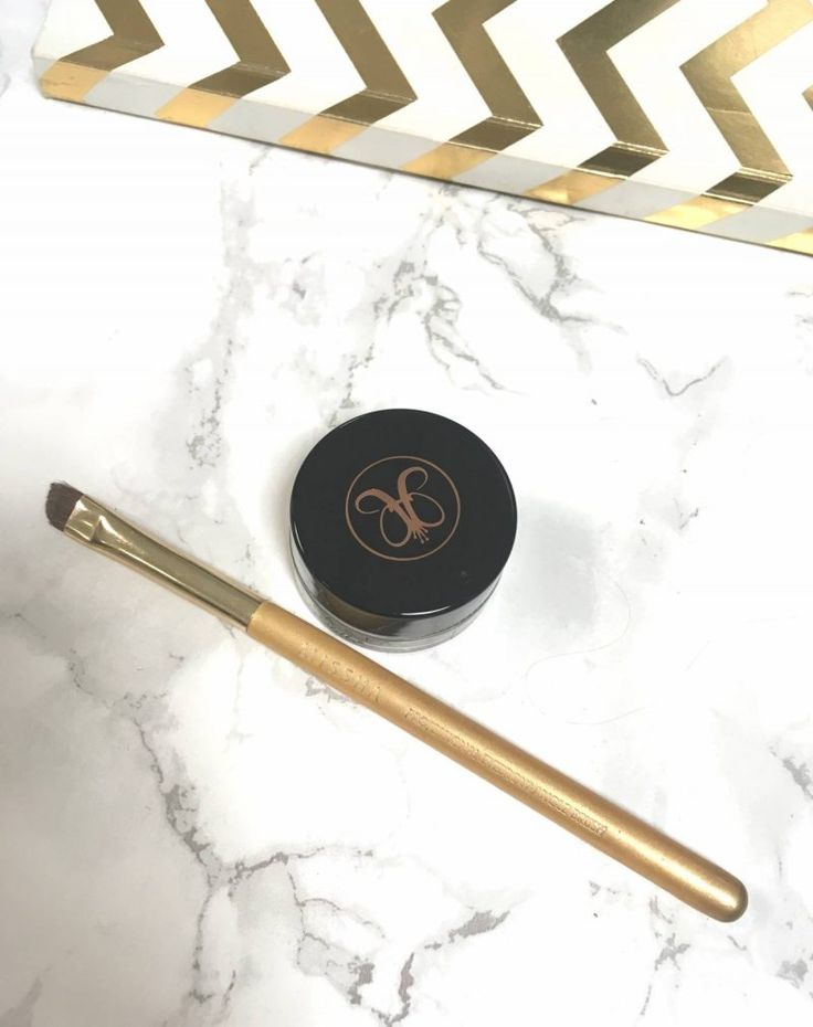 Anastasia Beverly Hills DipBrow Pomade review taupe