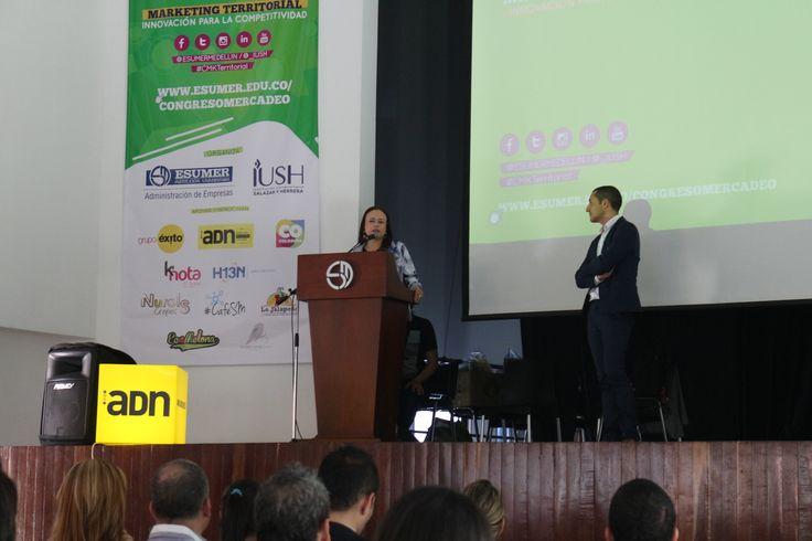 """Iniciando mi ponencia """"Villena Fortaleza Mediterránea"""" en el V Congreso Internacional Mercadeo sobre Marketing Territorial celebrado en Institución Universitaria Esumer Medellin"""