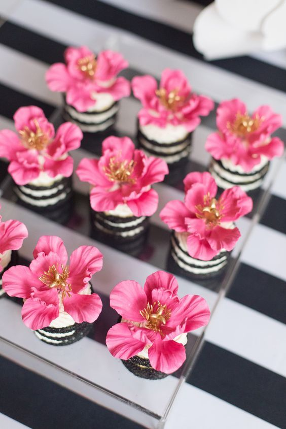 Flower Cookie Stacks Kate Spade Inspired Black White With A Pop