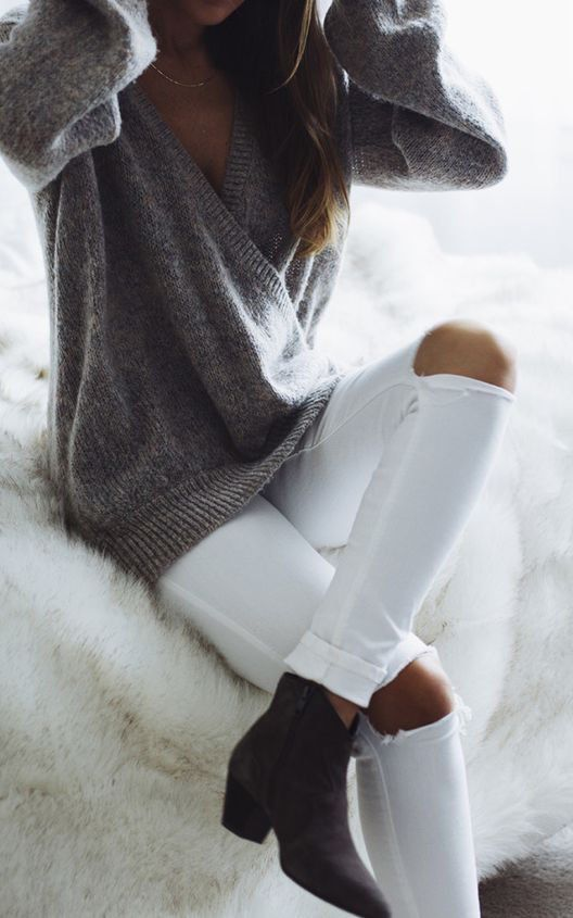 Gray cozy sweater   white ripped jeans