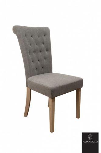 Pen+og+delikat+Villa+spisestol+med+høy+rygg.+Stolen+er+med+sin+høye+rygg+tilpasset+nordiske+forhold+og+gir+god+støtte+og+sittekomfort+for+liten+som+for+stor.Stolen+har+stoff+av+steinvasket+lin+som+gir+stoffet+struktur+og+fargevariasjoner.Mål:Høyde+102+cmBredde+50+cmDybde+66+cmSittehøyde+ca+46+cmSetedybde+44+cmRygghøyde+(fra+sete+til+toppen+av+rygg)+ca+55+cmMateriale:Steinvasket+linBen+i+gummitreVedlikehold:Vi+anbefaler+bruk+avColourlock+Universal+Protector+med+silikon.+Prod...