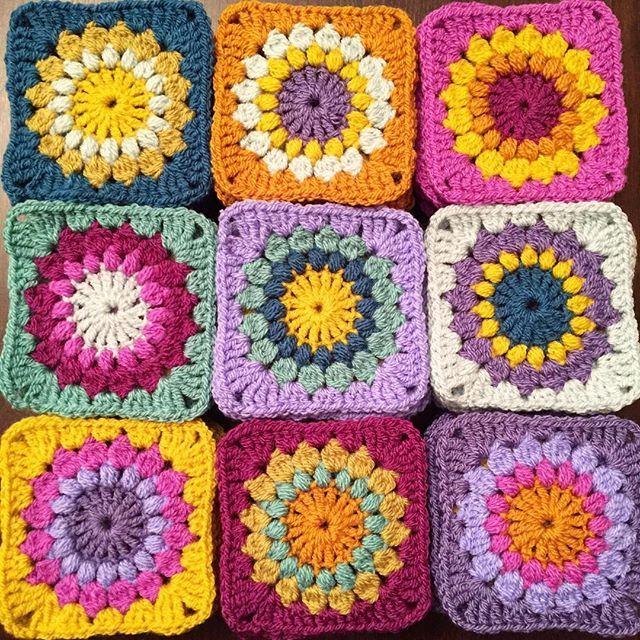 It Friday! 👊🏻 At last! 👏🏻 Here's a random #crochetporn shot. Just because. 😘 • • • #crochetconcupiscence #crochetgirlgang #crochetlove #crochetaddict #crochetblanket #crochetersofinstagram #crochetgeek #crochet #crochetlover #stylecraftspecialdk #stylecraft #clevercrafters #sfmgsswoon #lisasattik