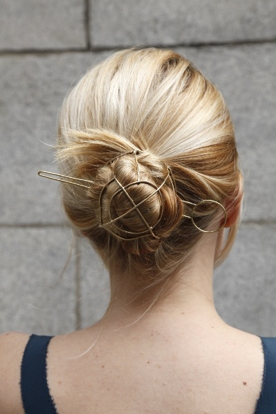 Bun Cage for Hair.  Pretty!