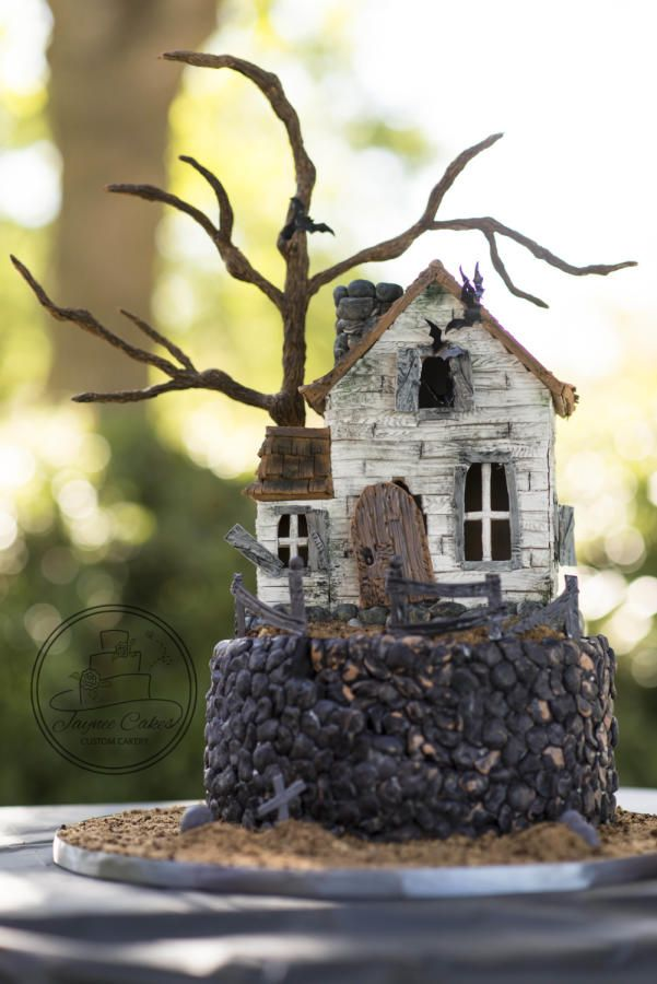 Halloween Haunted House - Cake by Jaynee Cakes                                                                                                                                                                                 More