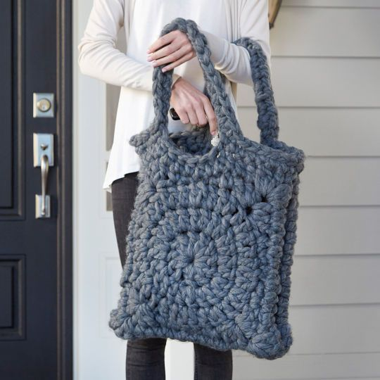 Use trendy super-bulky yarn to crochet yourself a lovely chunky tote for fall.