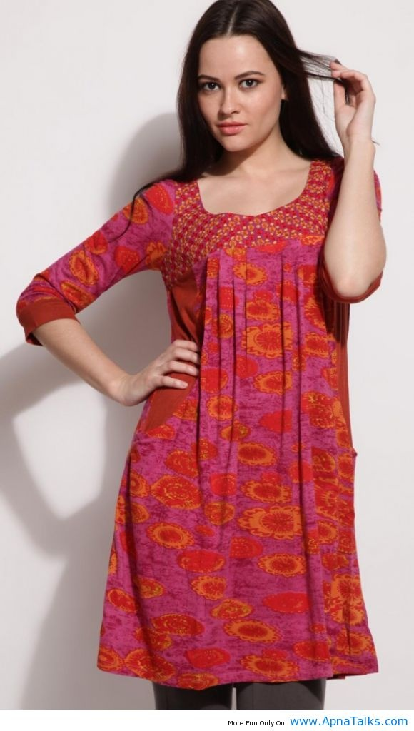 http://www.apnatalks.com/indian-pakistani-simple-red-kurta-designs-for-girls/