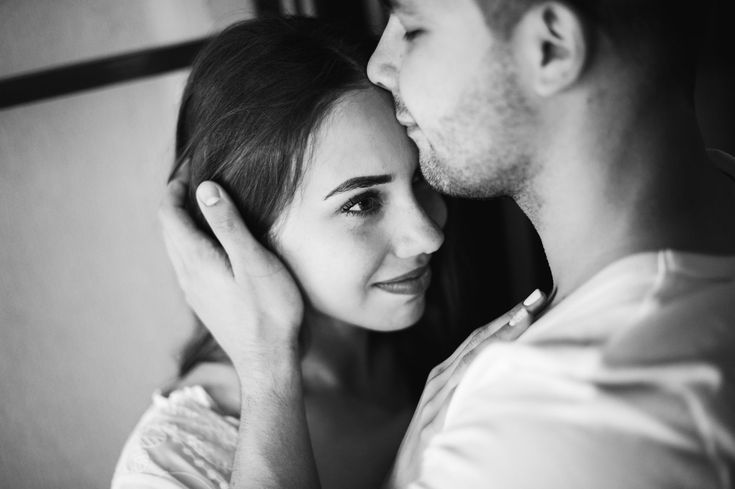 """Does something feel a little """"off"""" in your relationship? Here are 11 signs you haven't found your soulmate yet (even if you think you have)..."""