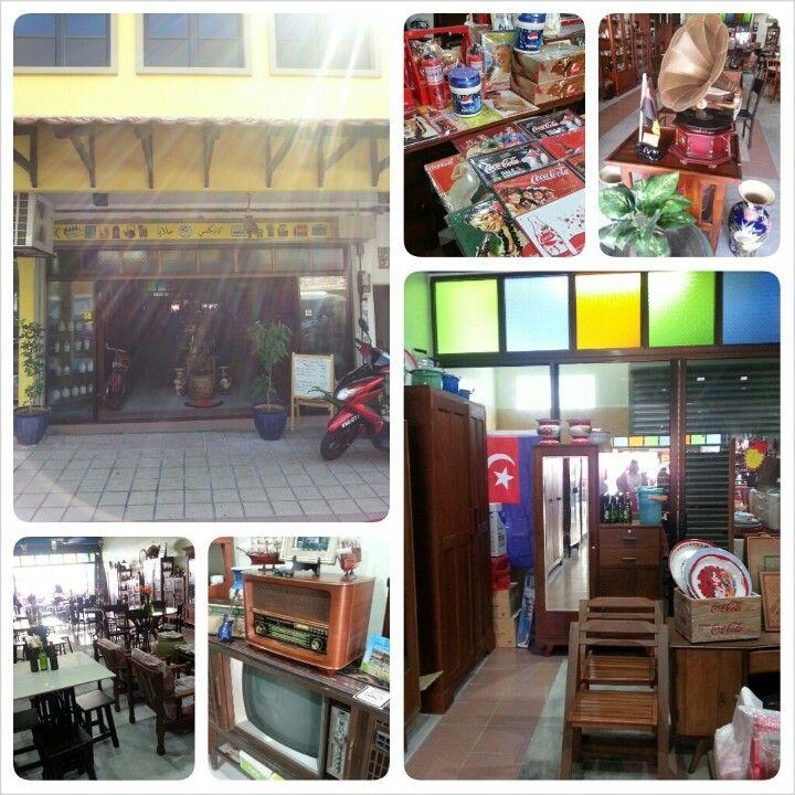 Food and antiques #bandartunrazak
