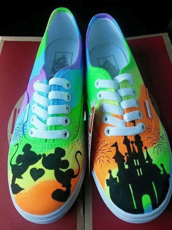 Best Pens For Drawing On Canvas Shoes