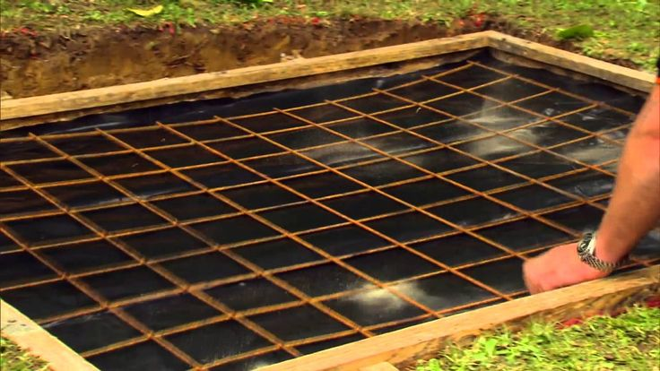 Laying a concrete pad is a handy DIY skill that can be put to use in a variety of ways round your home from driveways and paths to floors. In this guide we w...