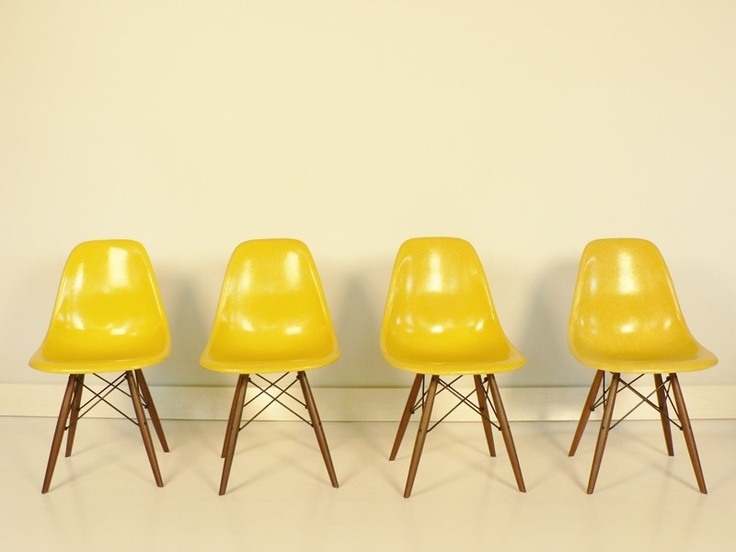 Eames chairs seating pinterest posts eames chairs for Chaise eames jaune moutarde