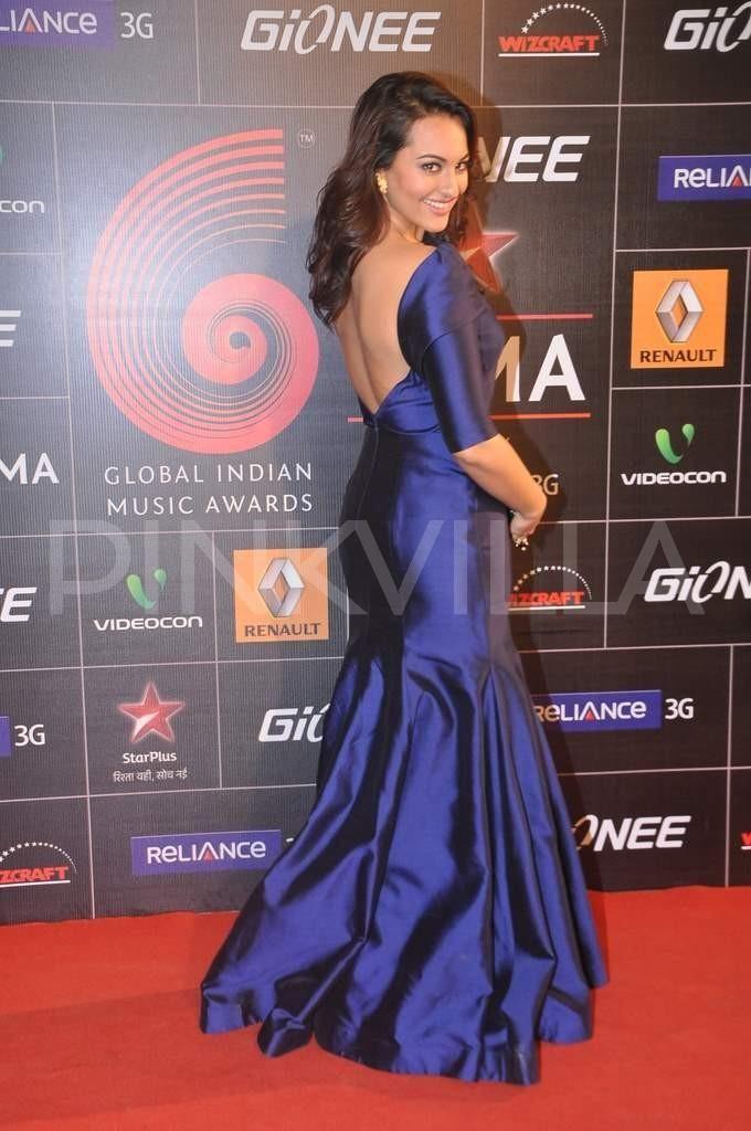Sonakshi Sinha walking the red carpet at the GiMA Awards in a blue Gauri & Nainika gown  | PINKVILLA
