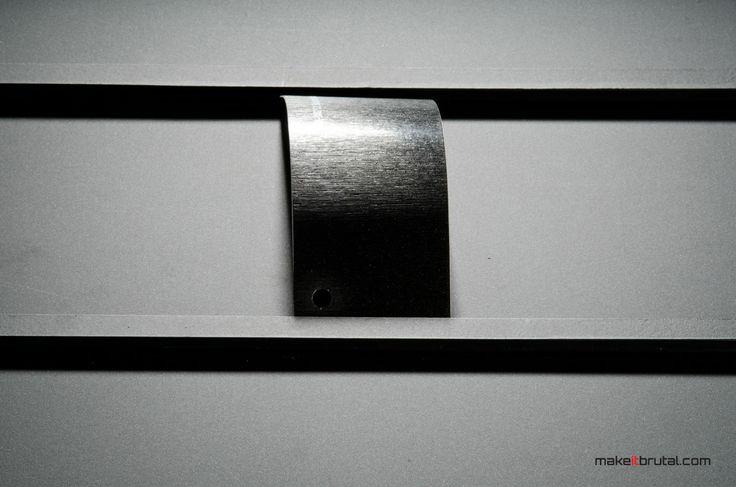 Brushed Black Metallic /7/