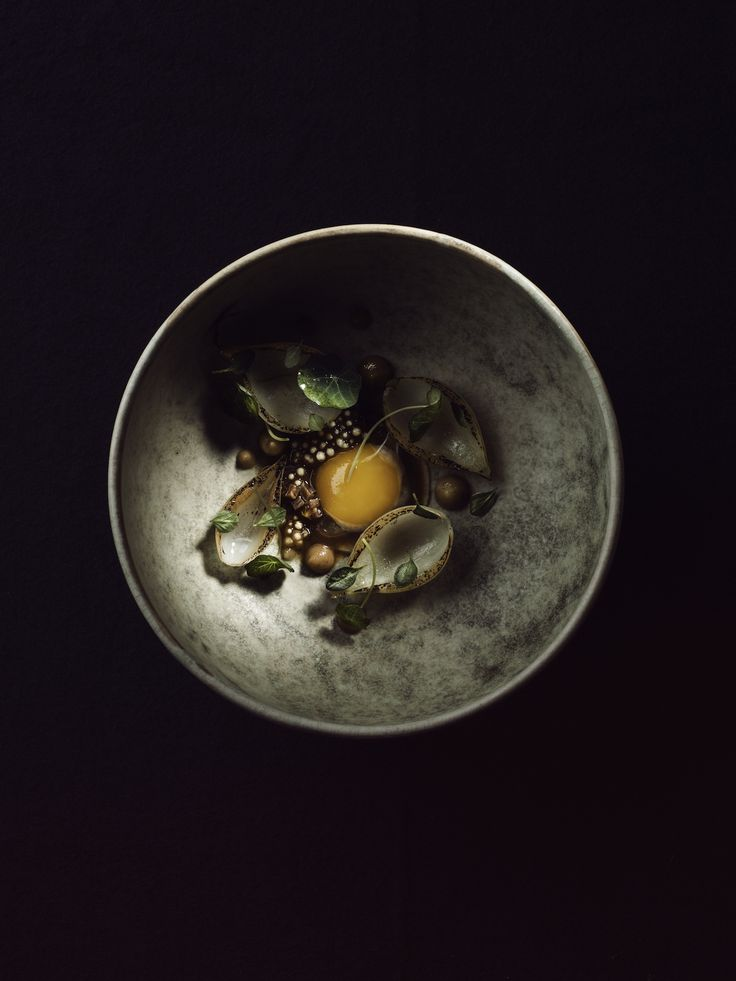 <p>D espite the frigid temperatures in Norway this time of year, we'd happily risk frostbite for a meal, even a snack, at Maaemo. Currently praised as one of the best restaurants in the world (s