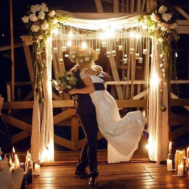 17 отметок «Нравится», 1 комментариев — Ведущая Anastasia  Verba (@verba_anastasya) в Instagram: «Вечерняя церемония , это невероятно !!!!!! Любовь , романтика , приглушенный свет , мерцания свечей…»